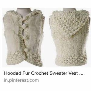 Romeo & Juliet coutureCrochet Faux Fur Hoodie Vest